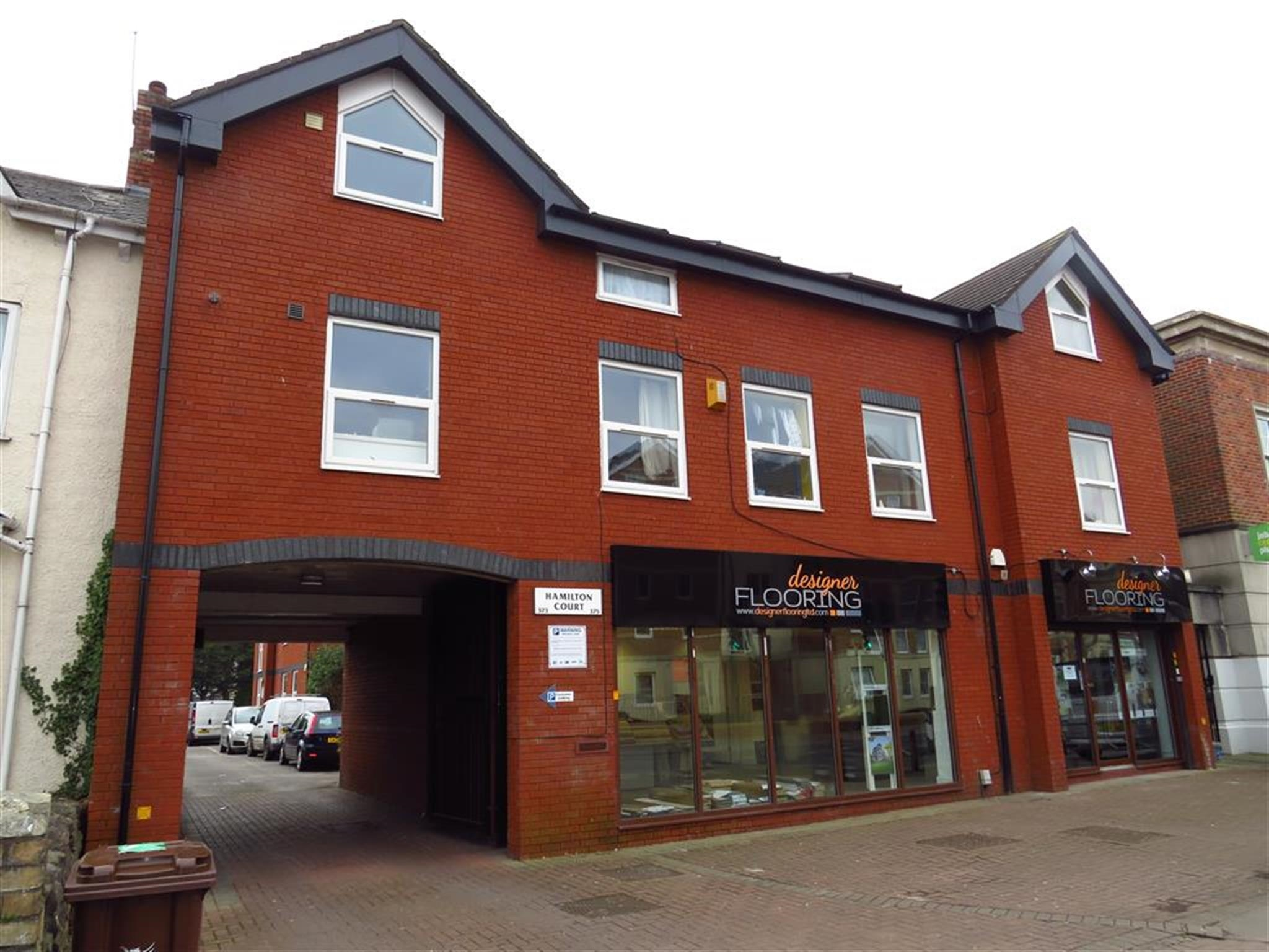 2 bedroom flat for sale hamilton court cowbridge road - Living room letting agency cardiff ...