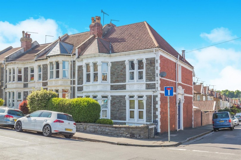 4 bedroom end of terrace house for sale kensington park for 64 rustic terrace bristol ct