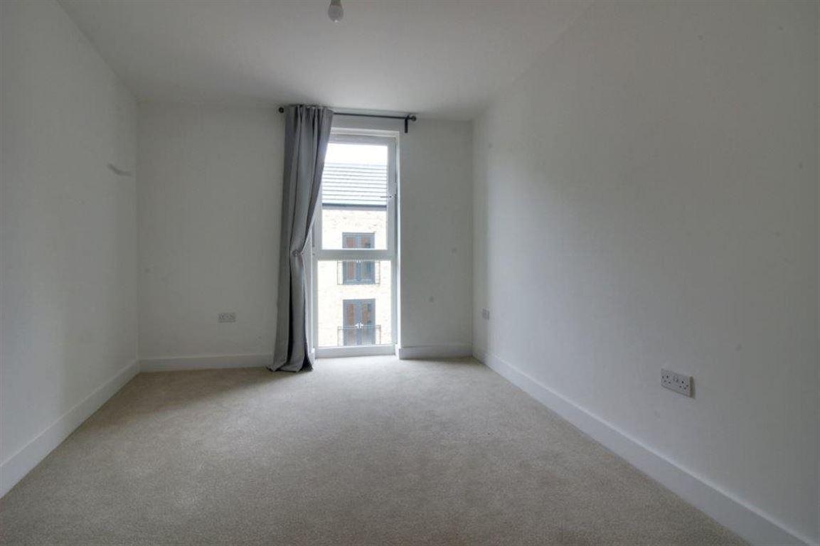 2 Bedroom Flat To Rent Markwick Avenue Cheshunt Waltham
