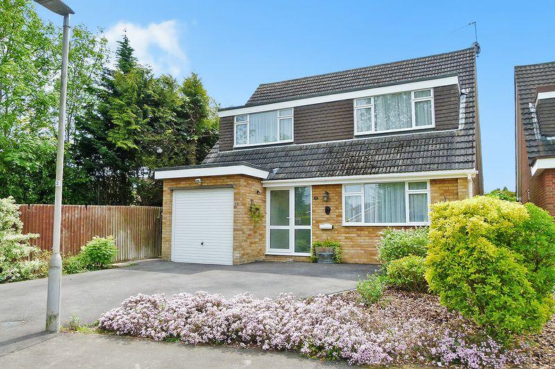 4 bedroom detached house for sale short lane bricket for Short sale leads for realtors