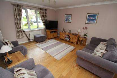 rooms to go beds 4 bedroom detached house for hayston road glasgow 16996