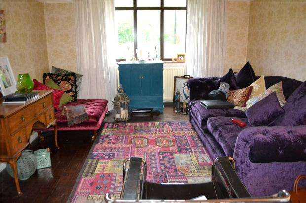 4 Bedroom Terraced House For Sale Allesley Old Road Coventry Cv5 8gb