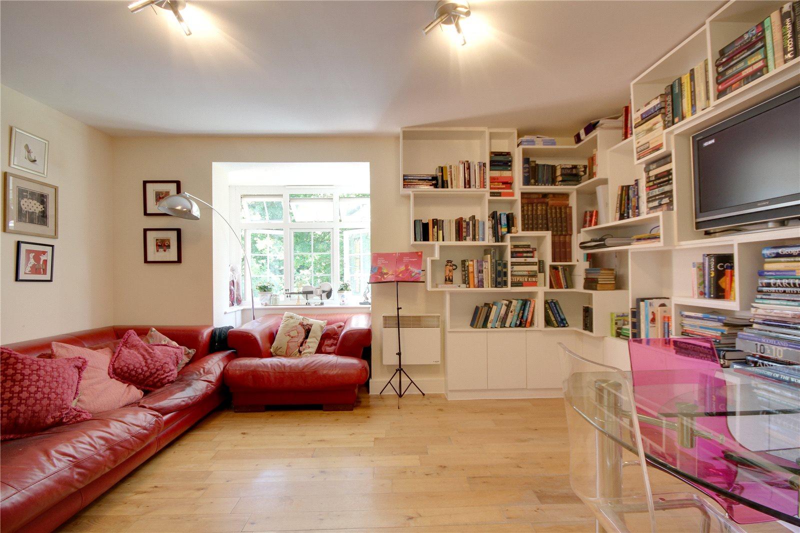 2 bedroom apartment to rent the quadrant brighton road for Room to rent brighton