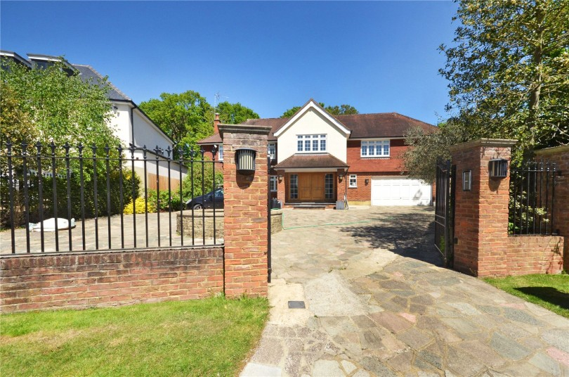 6 Bedroom Detached House To Rent Coombe Park Kingston
