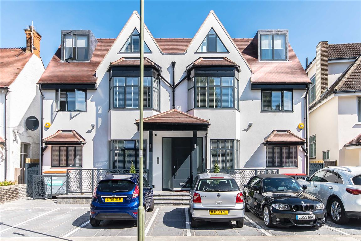 2 Bedroom Flat To Rent Middleton Road London Nw