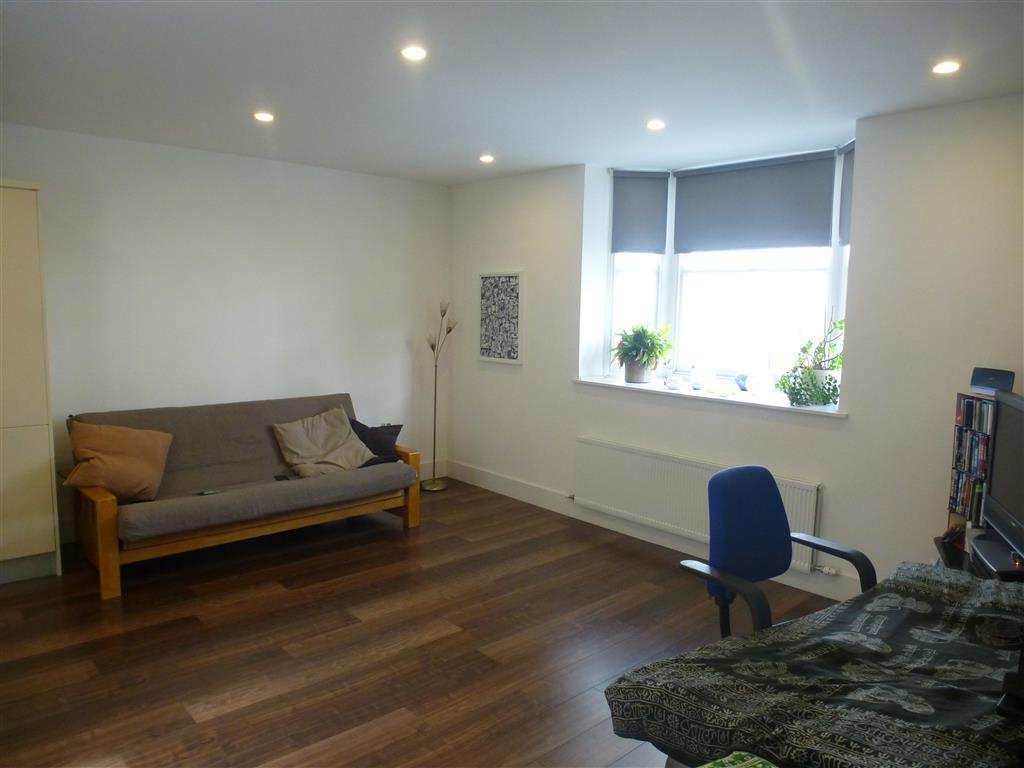 1 bedroom apartment to rent stone street brighton bn1 for Room to rent brighton