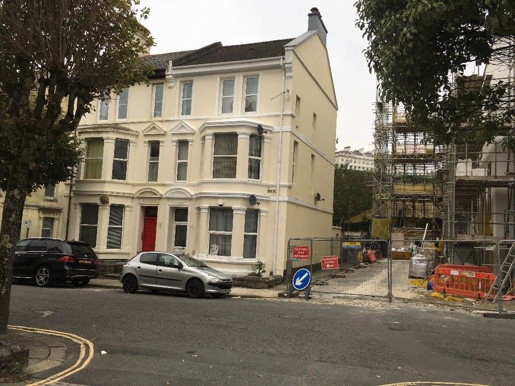 1 Bedroom Flat To Rent Pier Street Plymouth Pl1 3bt